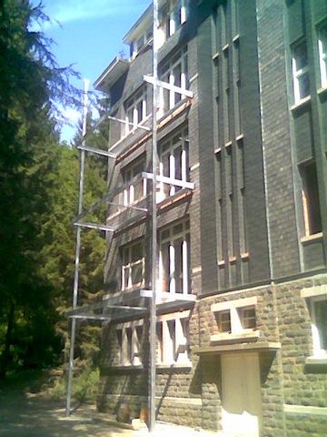 Metaalwerken bijnens b v b a bordessen for Binnenhuis trappen